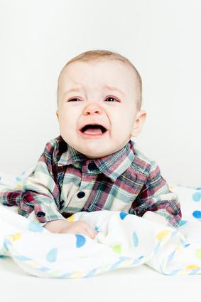 baby weint nach impfung